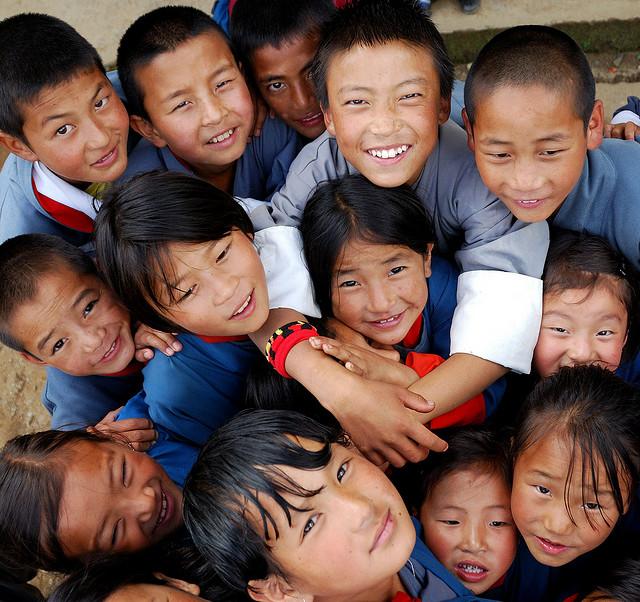 不丹首都廷布加灣可愛的面孔